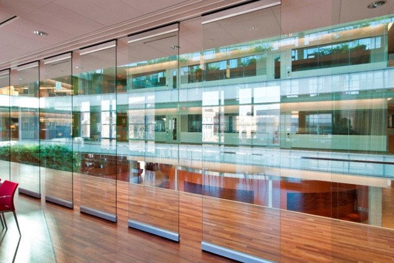 Frameless GlassWall