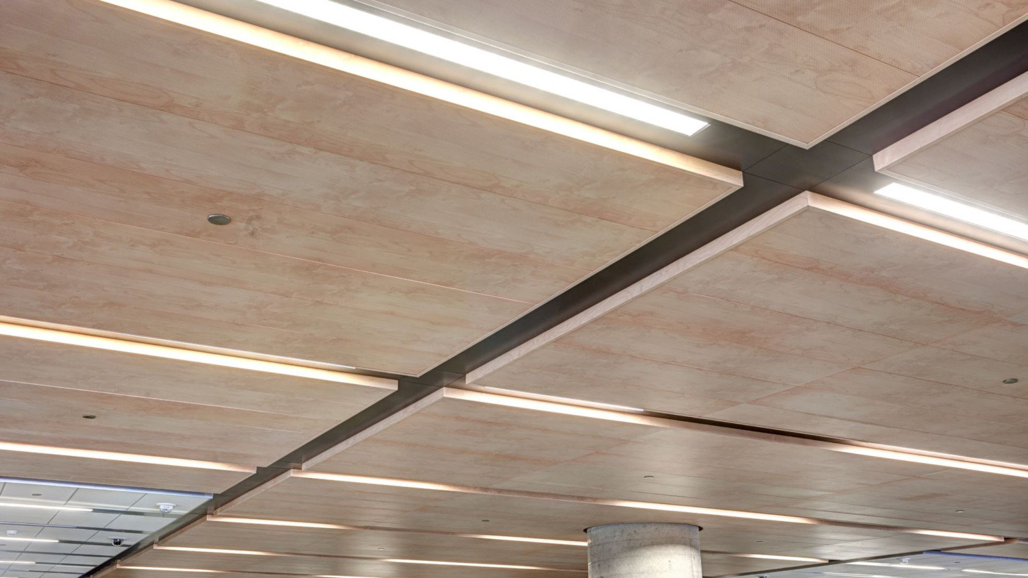Plank Hook-on Metal Panel Ceiling System