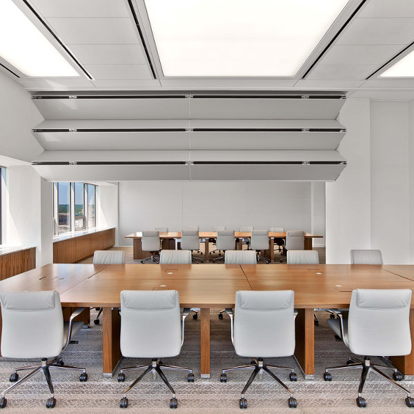 Skyfold Classic™ Vertically Folding Operable Walls