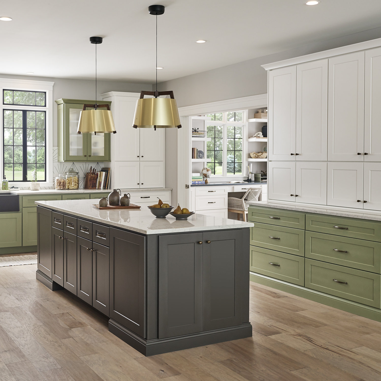 Wolf Classic™ Cabinets