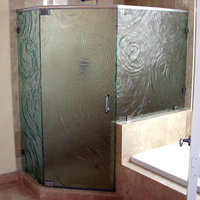 Cast Glass Enclosures image
