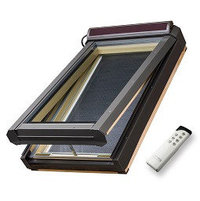 Solar venting skylight image