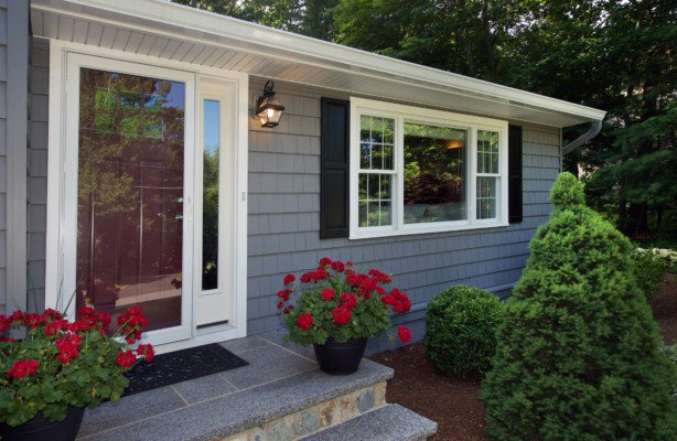 Traditional Aluminum Storm Doors