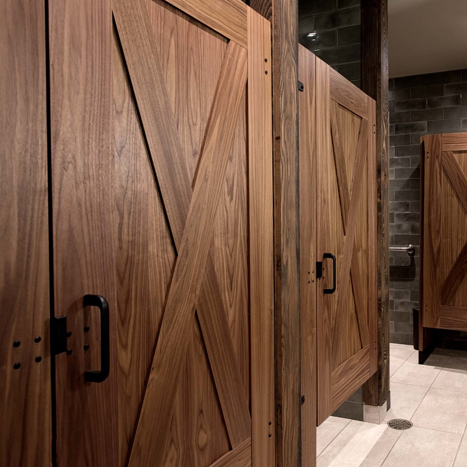 Captured Panel Partitions