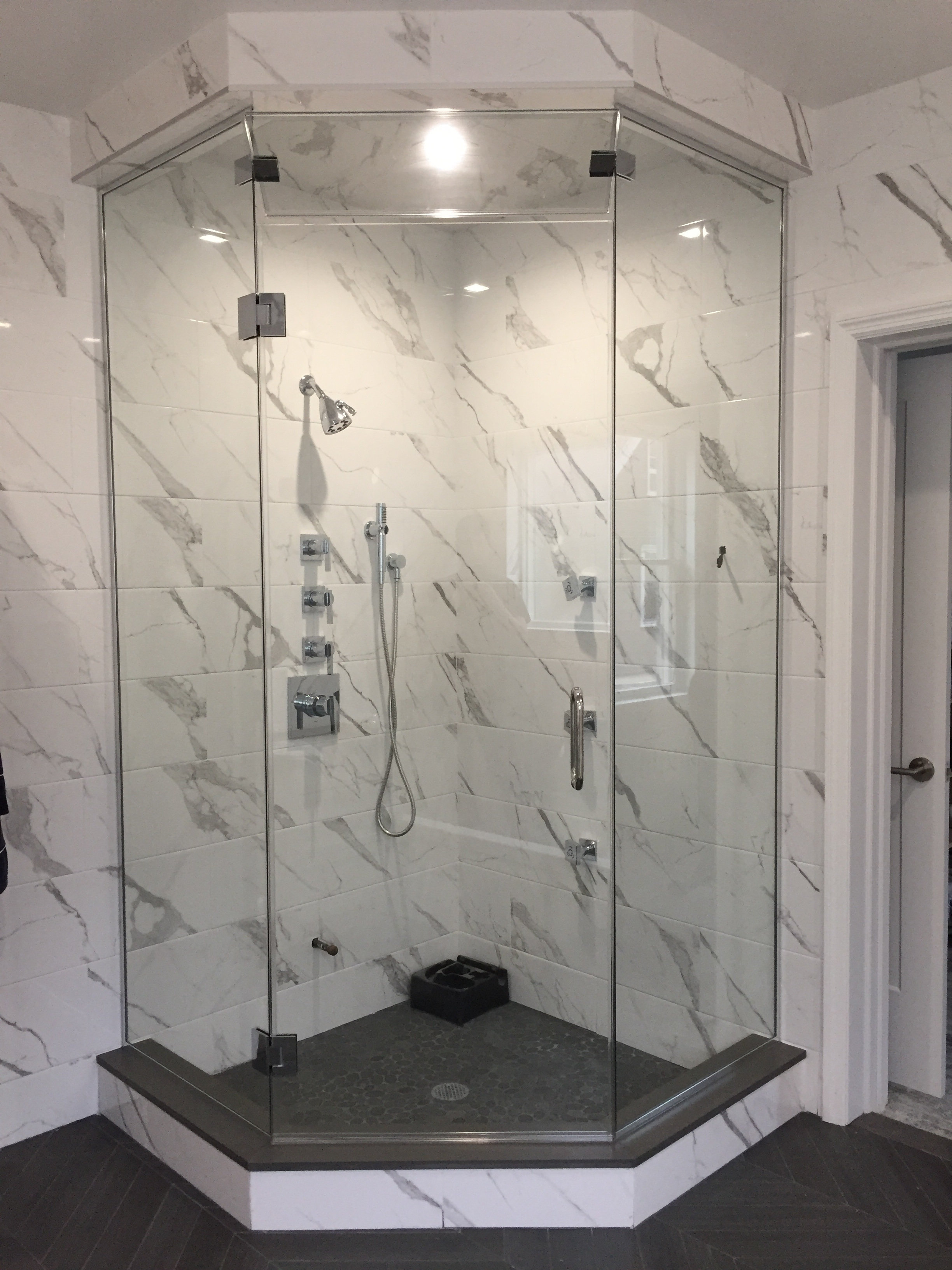 Quality Shower Enclosures image | Quality Shower Enclosures