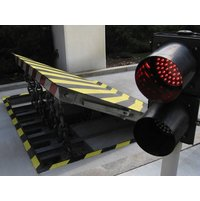 K12 Shallow Mount Wedge Barrier - XT-1000 image