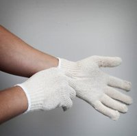 String Gloves image